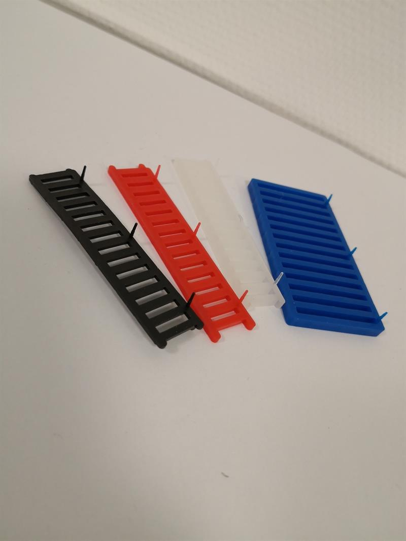Plastdistans 4mm 5 pack
